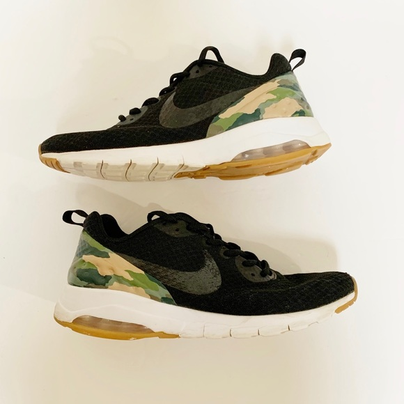 Nike Shoes   Nike Air Max Motion Low